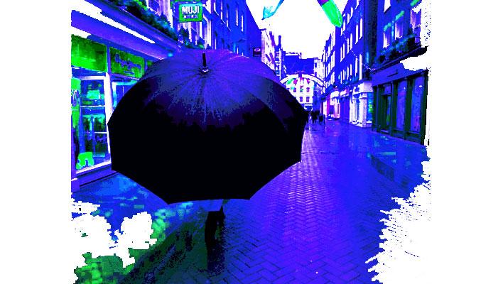 Gigantic_Unbrella_Web